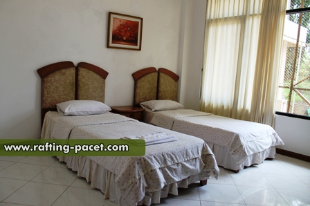 HOTEL PCP TRAWAS | Rafting Pacet